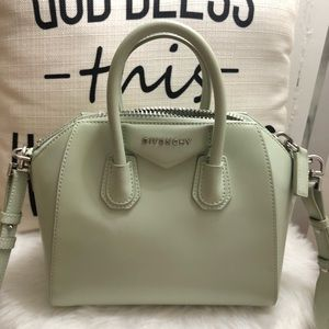 Authentic GIVENCHY Antigona Small Shoulder Handbag